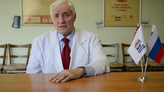 Сегодня, 25 августа свой день рождения отмечает заведующий отделением переливания крови Жуковской городской клинической больницы Александр Сергеевич Федоров.