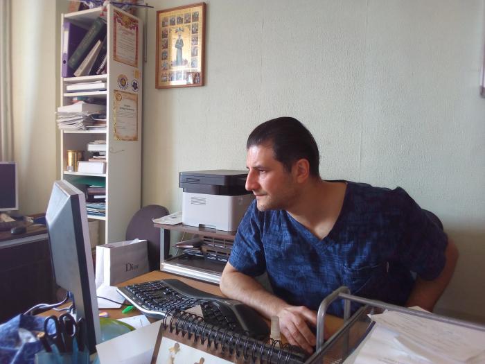 На днях корреспондент ЖУК-ТВ побывал в урологическом отделении Жуковской ГКБ и пообщался с заведуюшим отделением, кандидатом медицинских наук, хирургом Артуром Саакяном.
