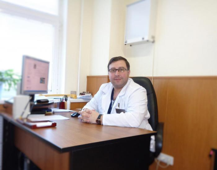 19 июля, в пятницу в Жуковской поликлинике, улица Фрунзе, 1 состоится День открытых дверей. С 14-00 до 16-00 в кабинете 47 будет принимать врач-травматолог Лаша Данелия.