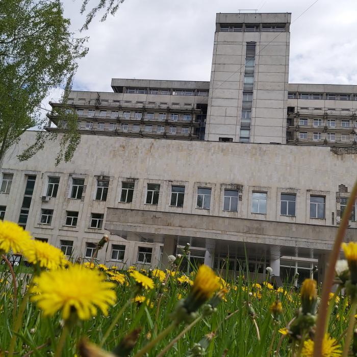 Дневной стационар в Жуковской городской клинической больнице возобновил работу. Он функционирует на базе двух отделений - терапевтического и онкологического.