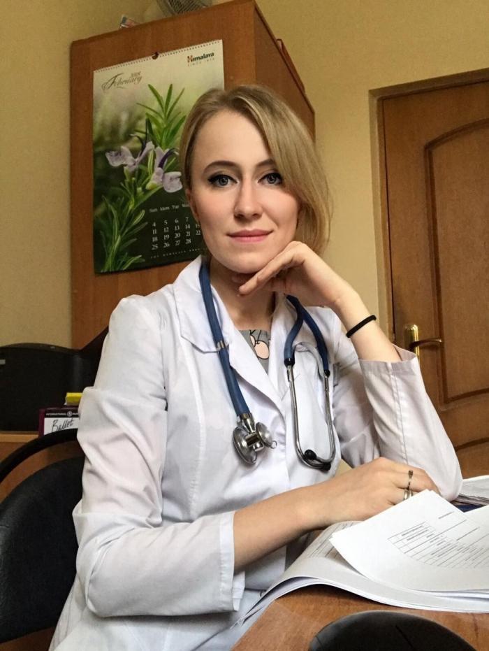В городской поликлинике Жуковской ГКБ приступил к работе терапевт Дарья Хорольская.