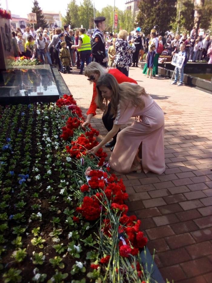 9 мая сотрудники Жуковской городской клинической больнице вместе с главным врачом Лилией Бусыгиной приняли участиве в шествии Бессмертного Полка.