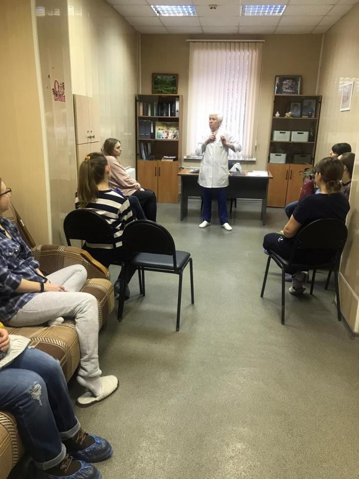 В минувший вторник, 11 февраля в акушерском отделении Жуковской ГКБ состоялись лекции на тему «Грудное вскармливание» и «Уход за новорождённым».