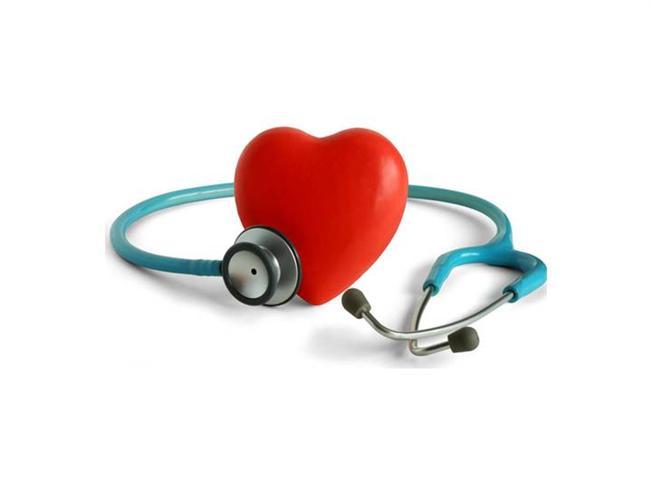 17 мая официально отмечается  Всемирный день борьбы с артериальной гипертонией. Проводится он под девизом «Знай цифры своего артериального давления» с целью повышения осведомленности населения о высоком давлении. Необходимо помнить, что гипертония - это «тихий убийца». У гипертонии нет явных симптомов, кроме высокого артериального давления, она поражает жизненно важные органы-мишени, такие как сердце, головной мозг, кровеносные сосуды, сетчатка глаза, почки.