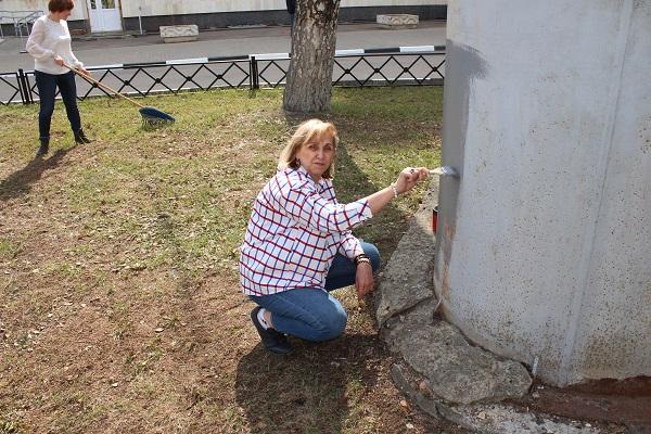 Субботник состоялся в Жуковской ГКБ 20 апреля. Как сообщила на состоявшемся сегодня оперативном совещании в городской администрации